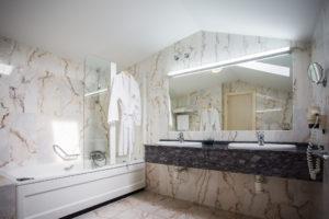 Habitación de Hotel II Virrey Palafox: Baño